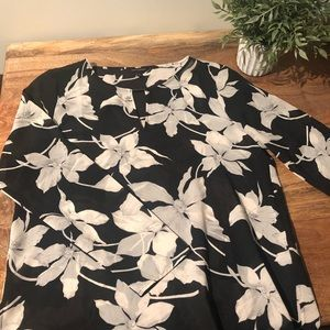 Black and White Floral Banana Republic top